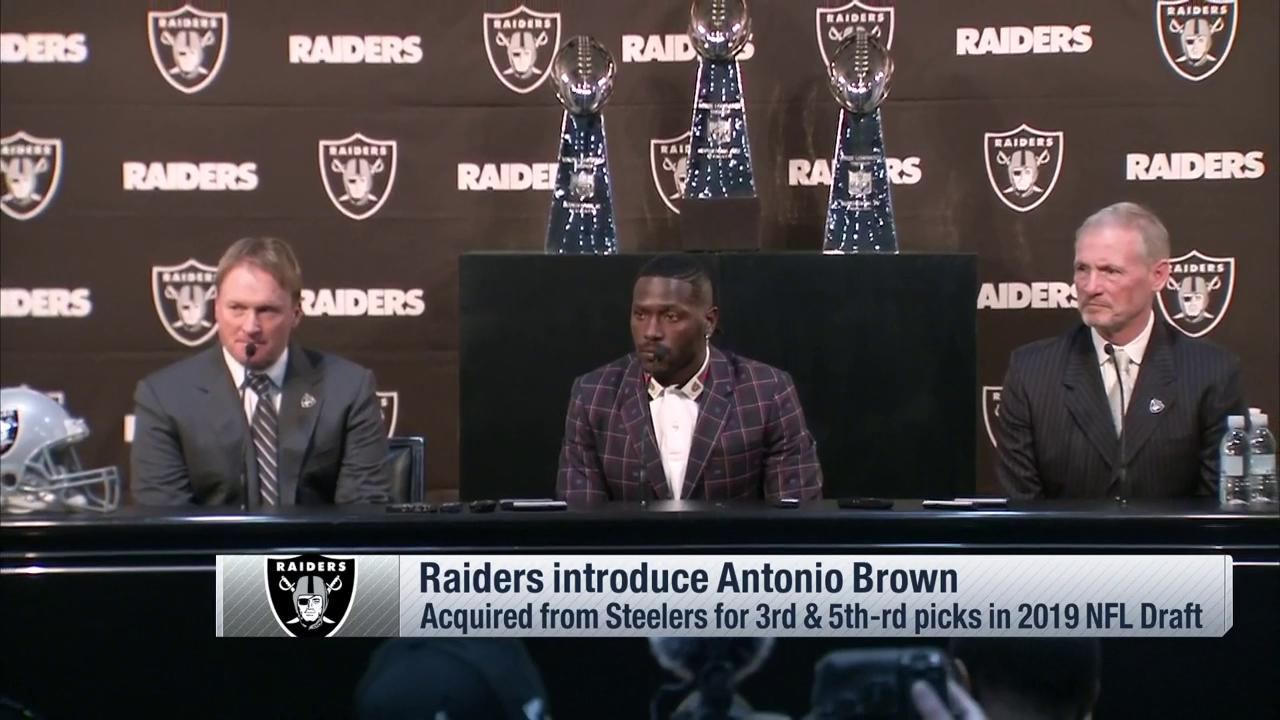 To say Coach Gruden's excited to have @AB84 would be an understatement. #RaiderNation https://t.co/9tuZFuZ98B