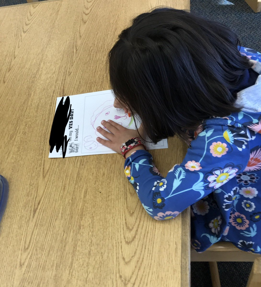 Read Yes Day! with Kinders today as the start of an author study of <a target='_blank' href='http://twitter.com/missamykr'>@missamykr</a>. Students drew pictures and wrote about their own Yes Day! wishes. Can't wait to continue exploring her work with them. <a target='_blank' href='http://twitter.com/APSLibrarians'>@APSLibrarians</a> <a target='_blank' href='https://t.co/0wDI511q4X'>https://t.co/0wDI511q4X</a>