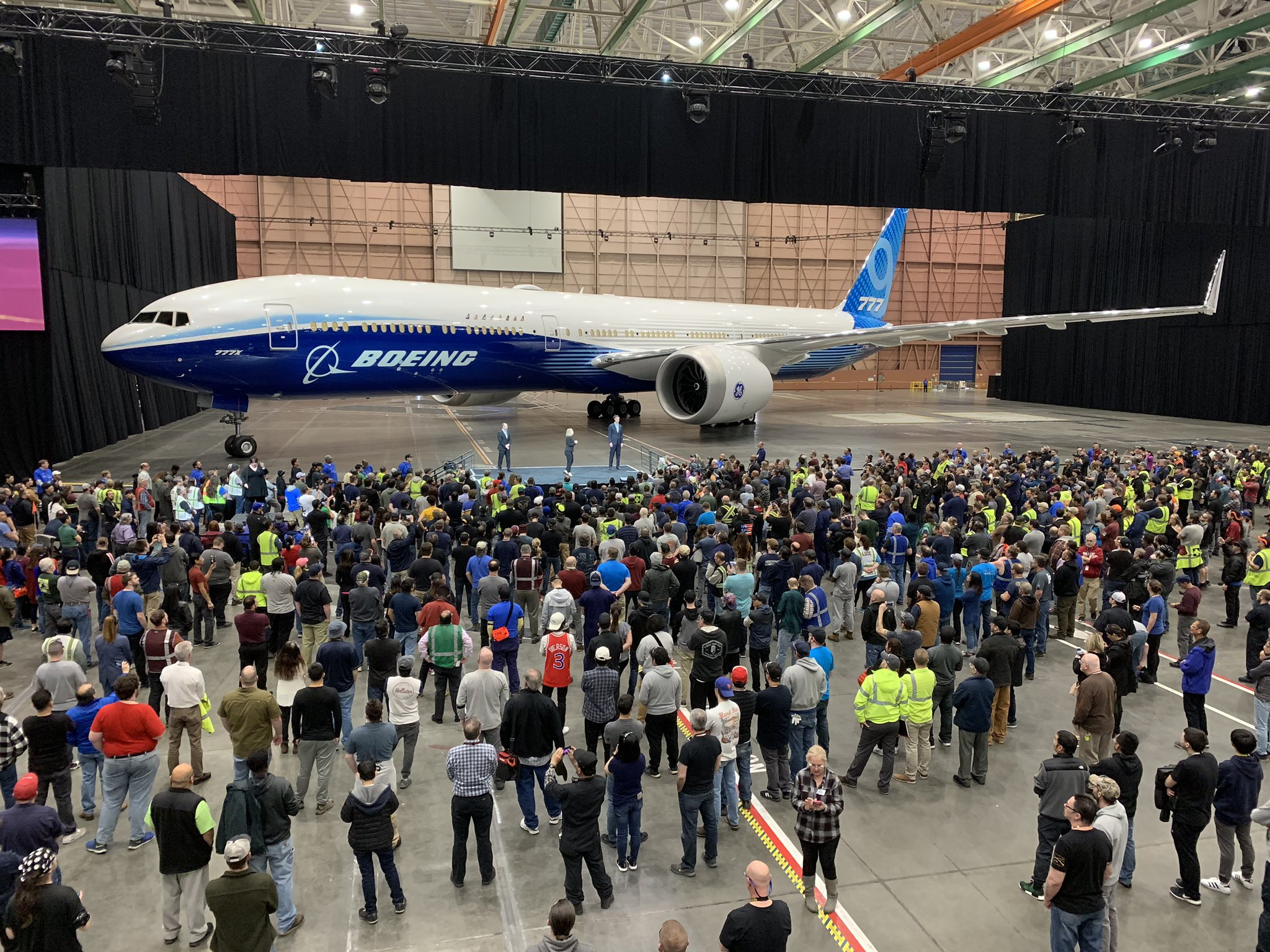 The Employee Reveal of the Boeing 777X n779xw