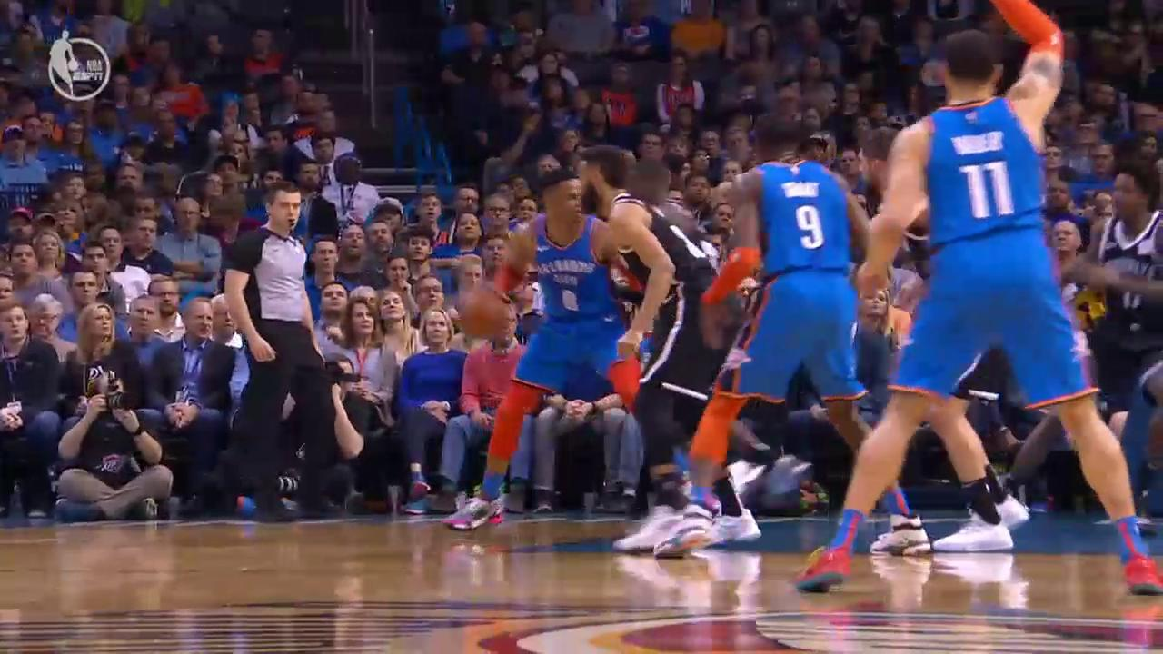 And-1 ✅ Rock the baby ✅  Westbrook feeling it! https://t.co/0LnxoE3HXy