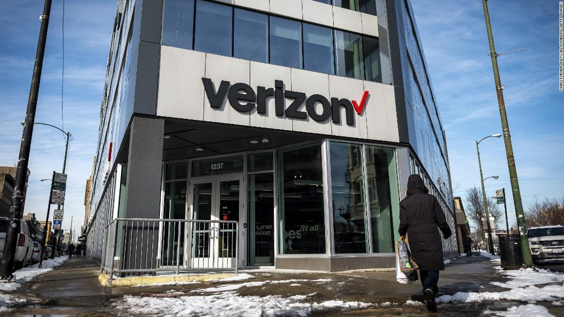 Verizon will soon offer 5G in select cities for $10 extra cnn.it/2TNKMlM