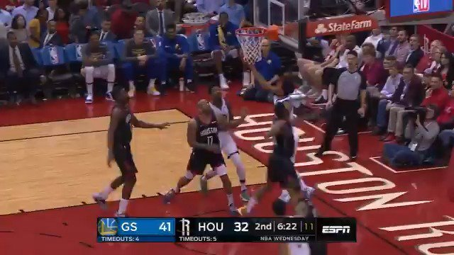 Quinn Cook attacks and converts on the reverse!  #DubNation 46 #Rockets 38  ��: @ESPNNBA https://t.co/Pfp1YH2LyD