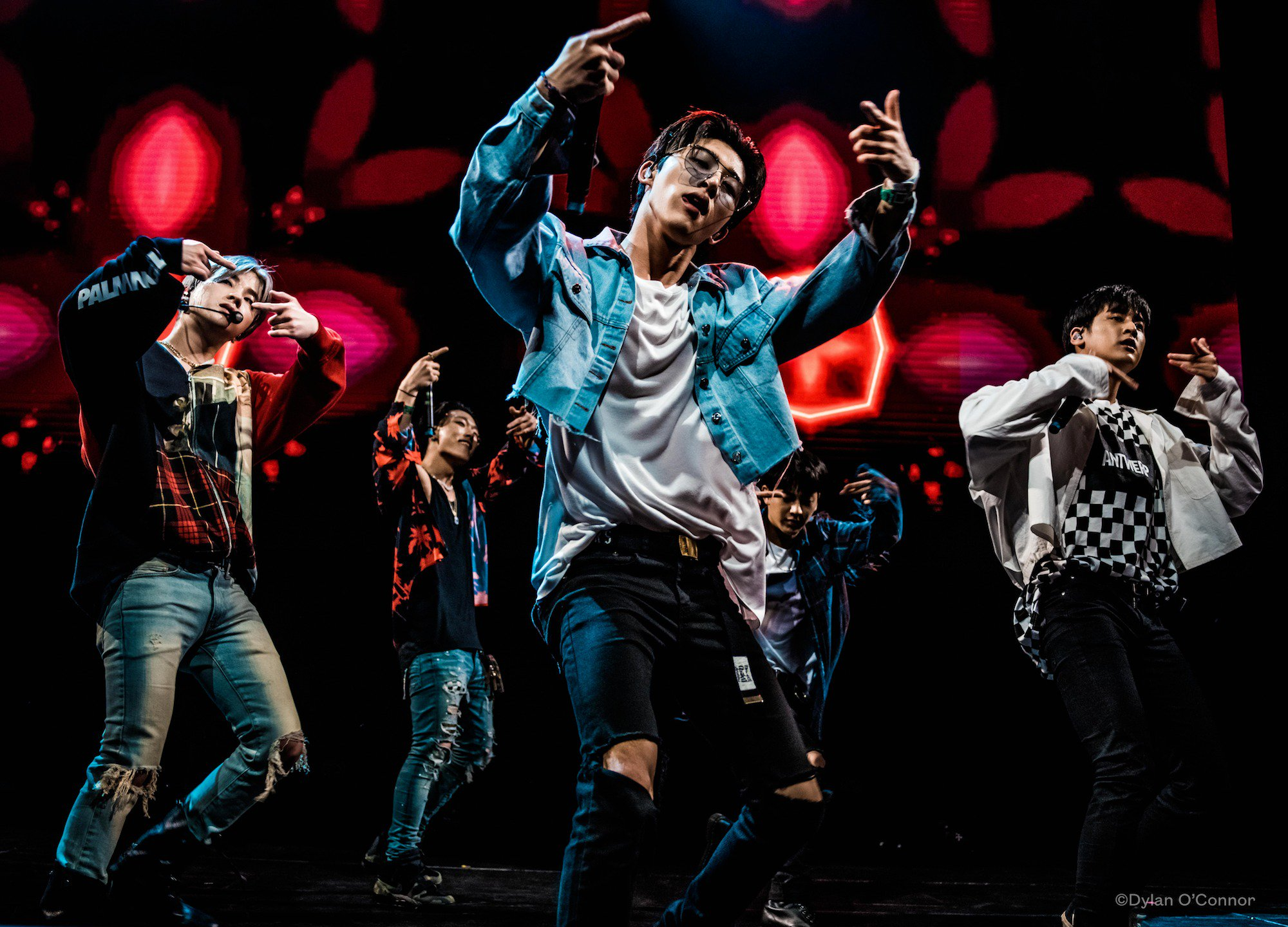 #iKON bringing down the house at @acllive to close out KOCCA's Korea Spotlight showcase tonight at #SXSW 2019! https://t.co/33xs7EZRP6