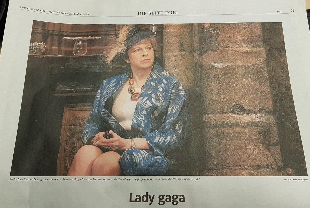 Ach, German headlines #Brexit #BrexitMayhem @theresa_may<br>http://pic.twitter.com/tpdBn7soBd