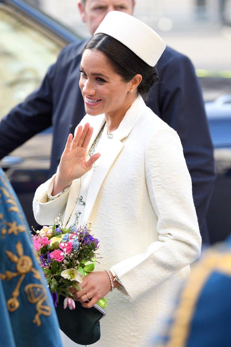 Gala's photo on Briten