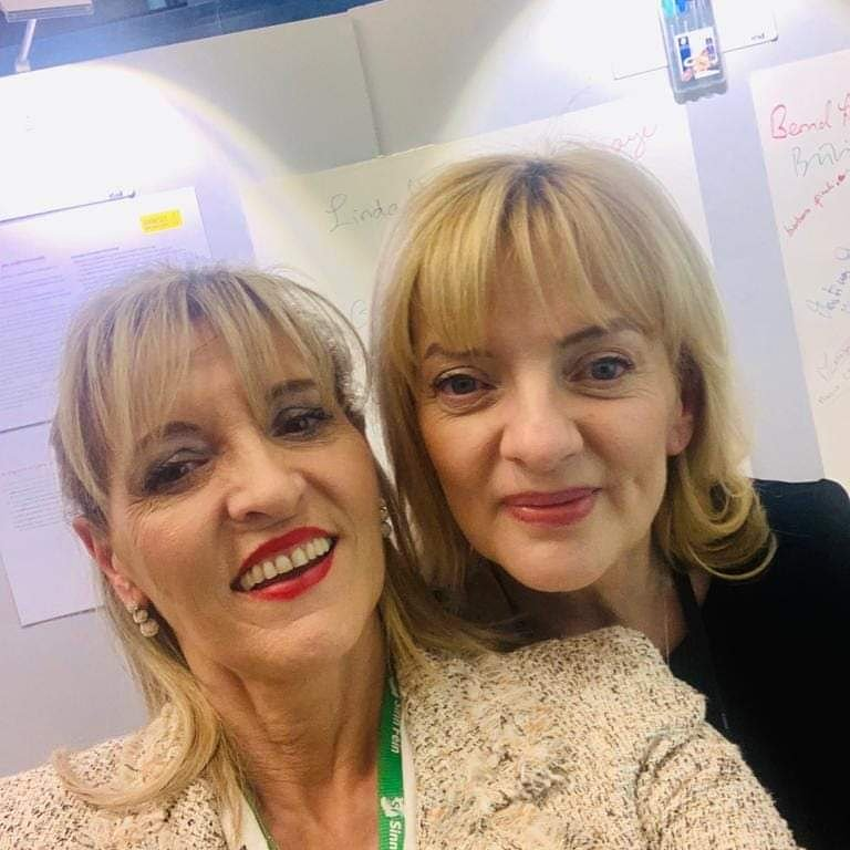 I am in denial that mo chara may be leaving the EP.  It's too much to bear thinking her support her decency and friendship won't be just next door....especially in Strasbourg.  Will have to make the most of it Anderson!!