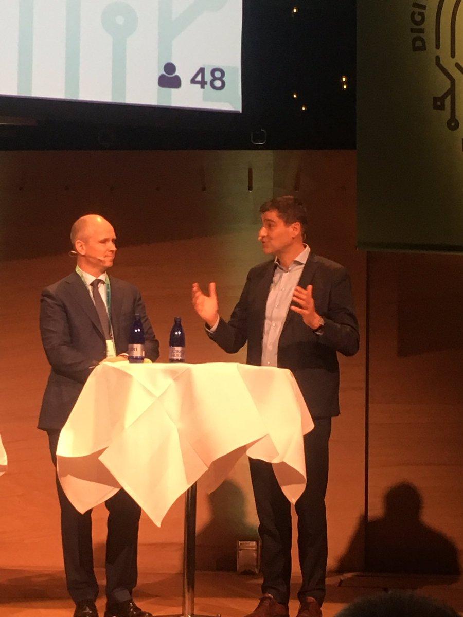 """Professor Philipp Schröder: """"""""Disruptionstådets arbejde har ført til en indholdsfortegnelse over initiativer"""". Helt enig. Nu er det tid til at sætte turbo på indholdet og tilpasse uddannelserne til vores stadigt mere digitale arbejdsmarked! #DigiTopmoede #arbejde"""