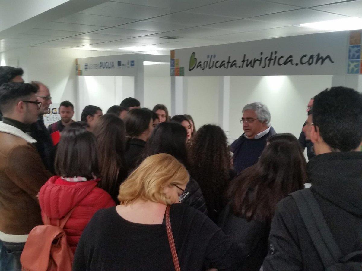 La Basilicata ospite istituzionale di @AeroportiPu...