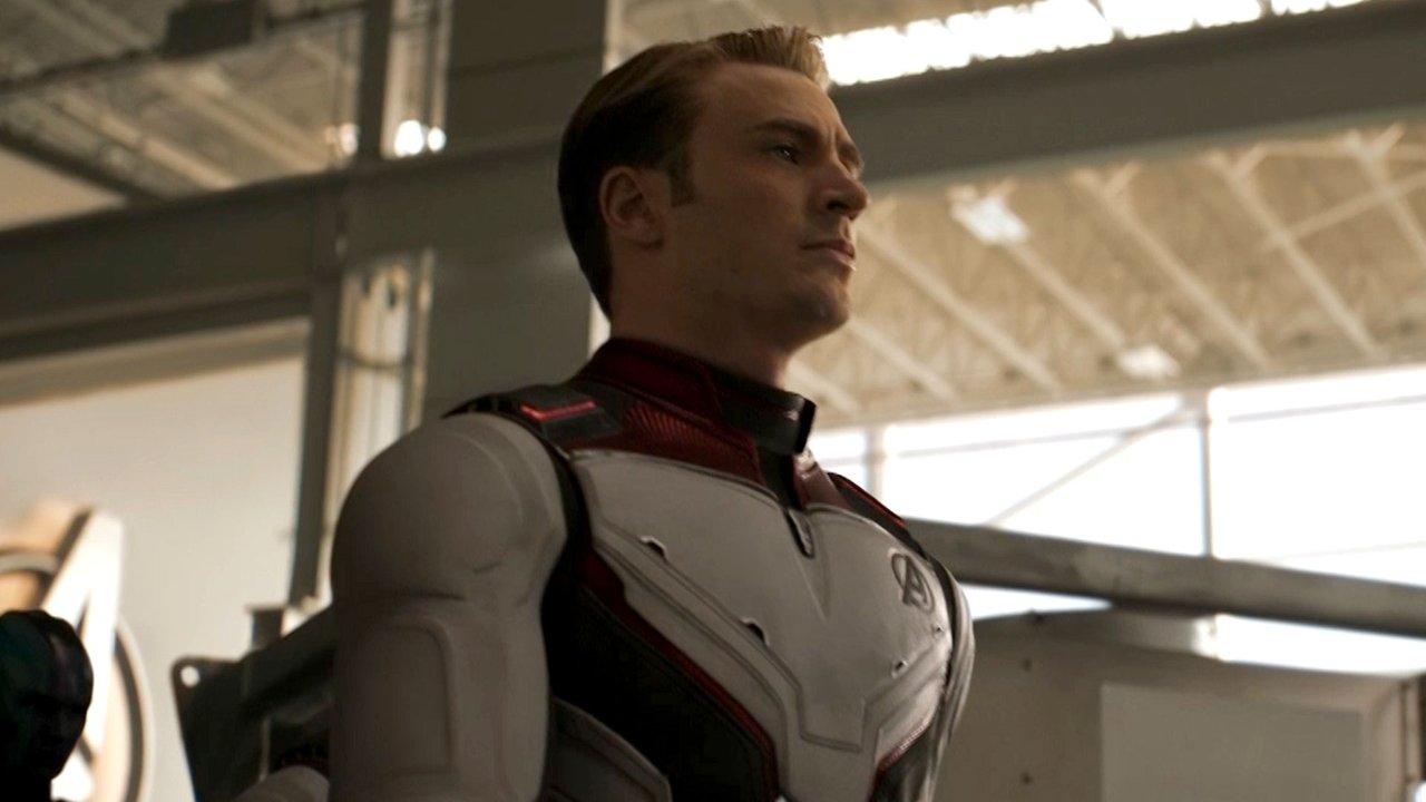 A new trailer for Avengers: Endgame has dropped. Go go go!  https://t.co/tpj7GomEEk https://t.co/dqS0S1bCj6