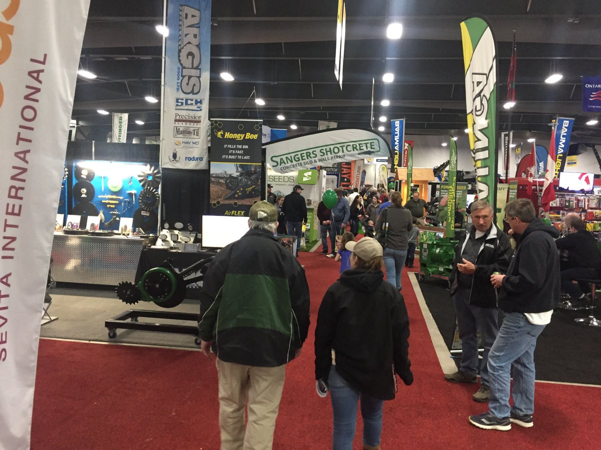 It's been three very busy days at the @OttawaFarmShow. Lots people and good discussions. https://t.co/vIm0FkeLMn