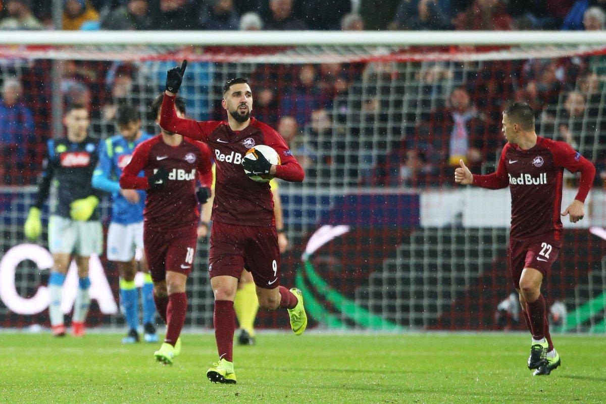 Dabbur celebra su gol en Nápoles.