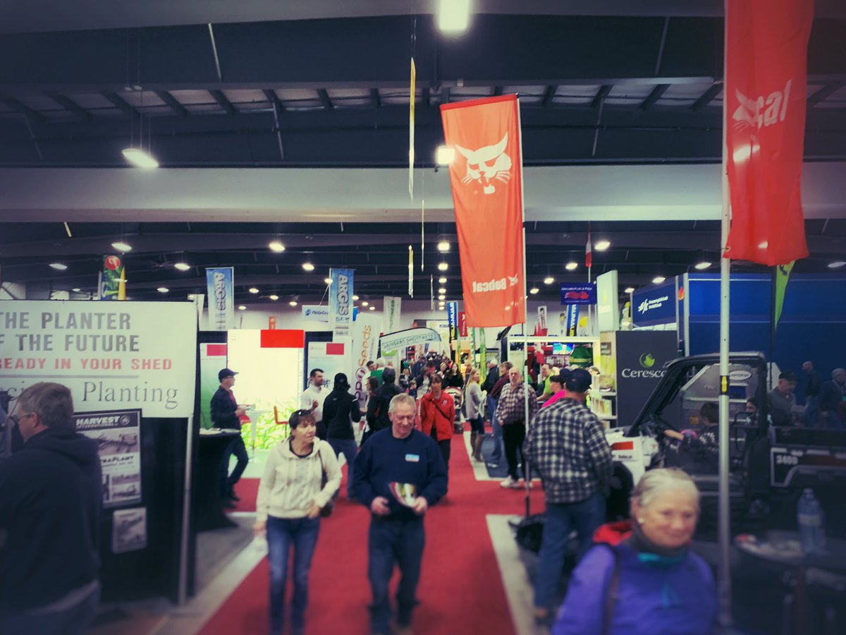 I'm having a great day @OttawaFarmShow, visiting lots of friends & seeing what's new. #ontag #OVFS19 https://t.co/P2SVjlC9Km