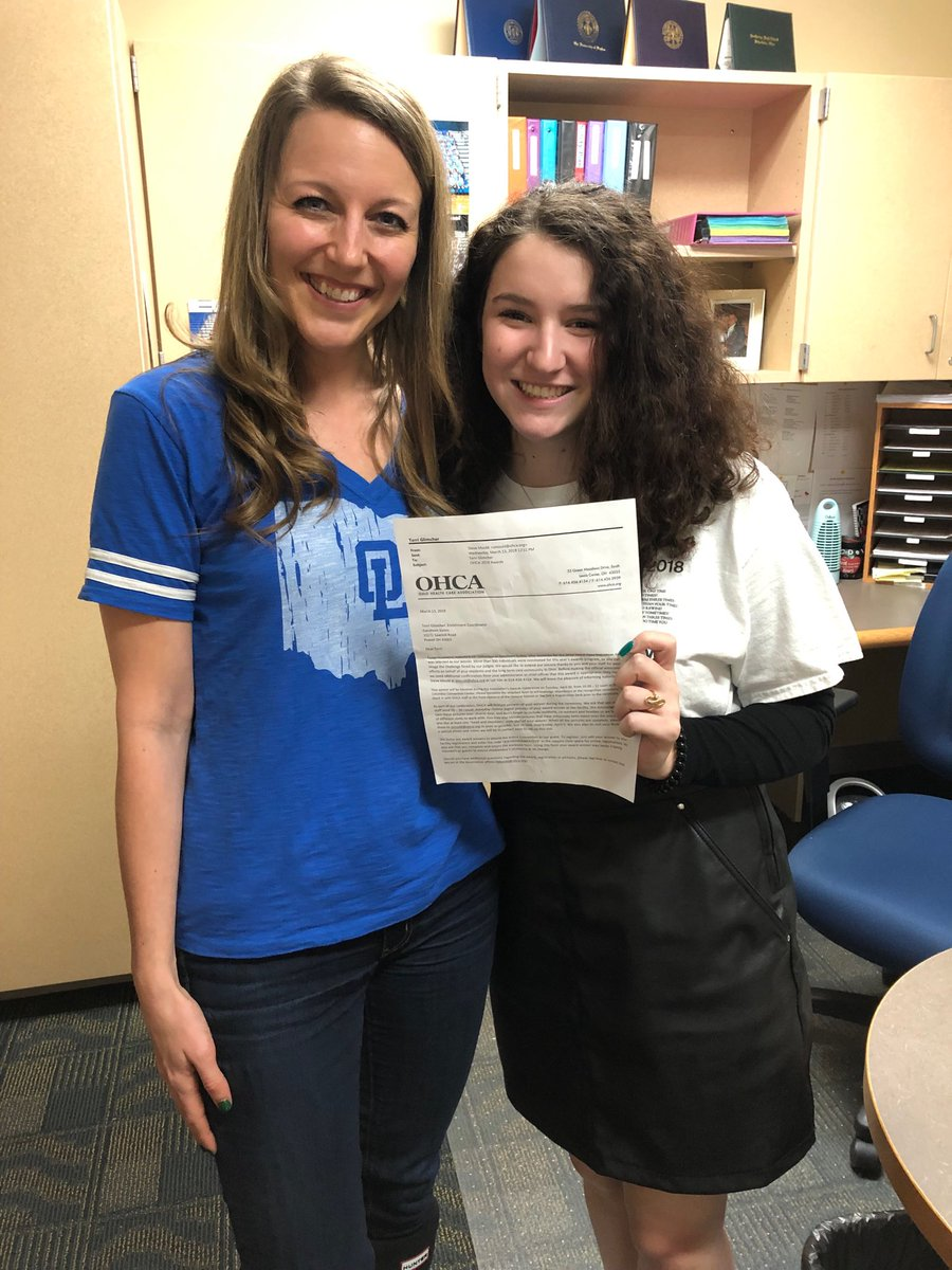 Congrats to sophomore Isabella Prok, with counselor Brittany Vallier, for being named 2019 Ohio Health Care Association Teen Volunteer of the year. Isabella volunteers with Alzheimer's patients at Ganzhorn Suites in Powell.  @OLHSthe108 @OLHScounselors
