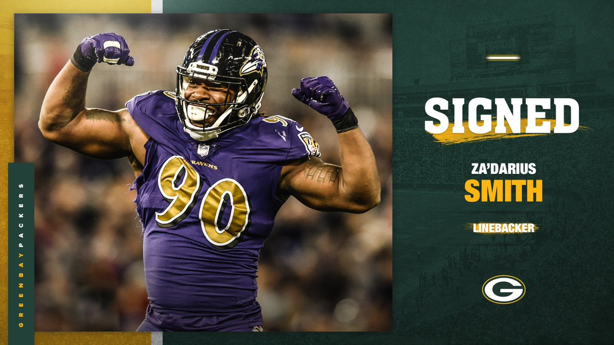 Welcome to the squad, @TheRealZSmith!   #GoPackGo<br>http://pic.twitter.com/B4vRYjT6nn