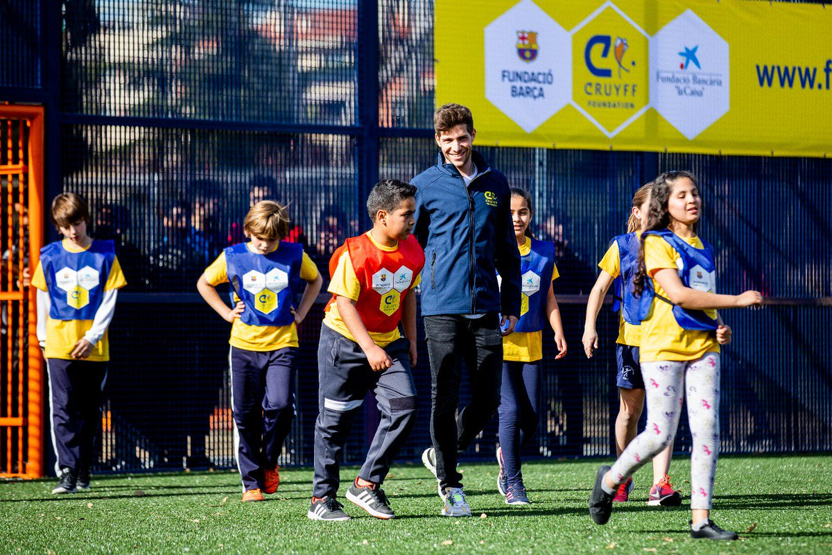 We continue #CreatingSpace with @FundacionCruyff & @FundlaCaixa. A new #CruyffCourt at @SergiRoberto10 hometown, Reus.