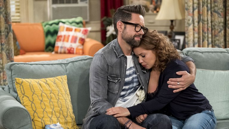 Netflix cancels #OneDayAtATime https://t.co/1wEGWJPceU https://t.co/5sDDcfytNH