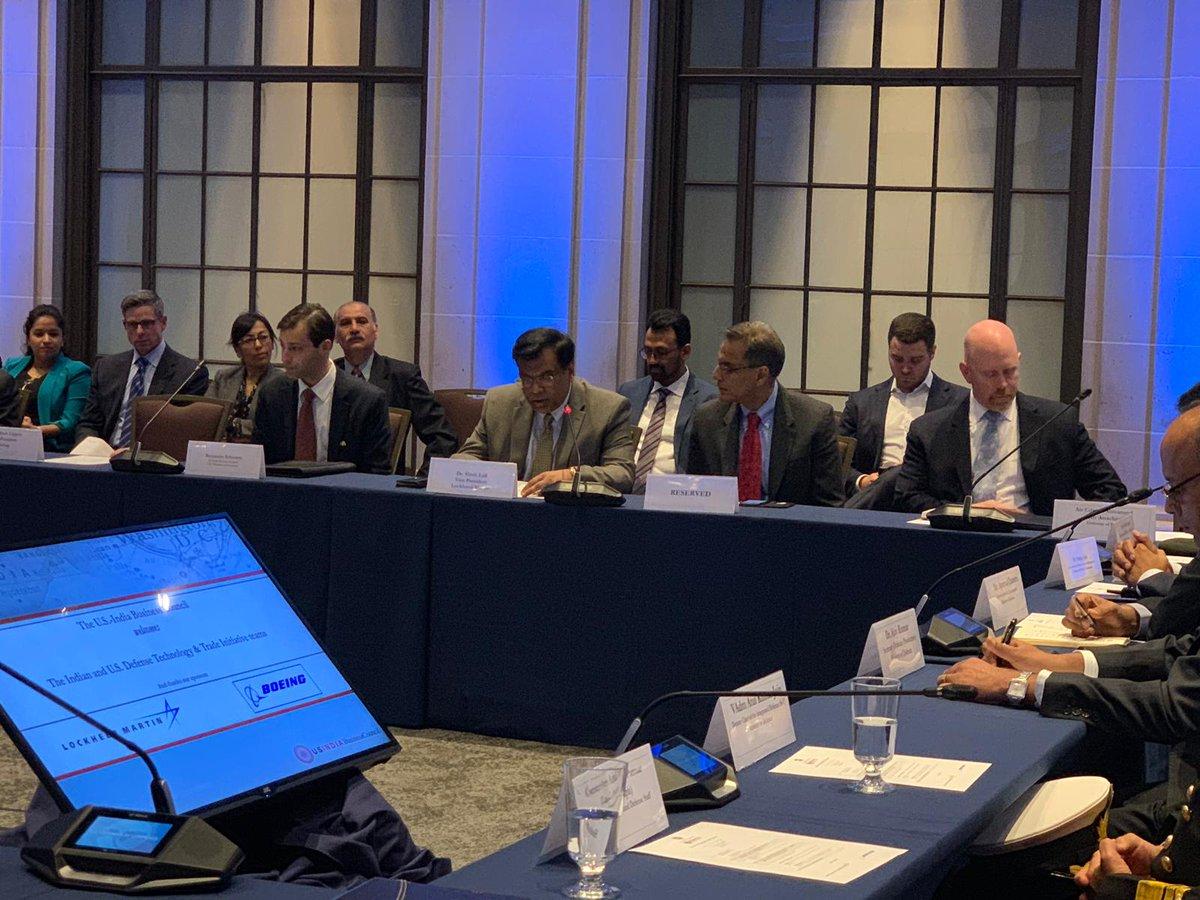 الولايات المتحدة والهند تتعاونان في إطلاق مشروع طائرات بدون طيار. D1ot3KrX4AExXBq