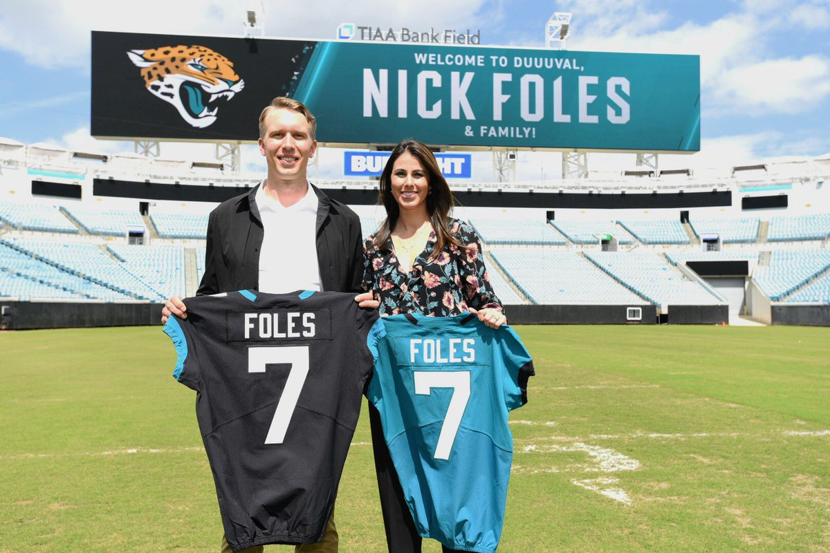 Nick Foles On Twitter It S Official What A Day Touring The Jaguar Facilities And Meeting So Many New Faces Thank You To Everyone On The Staff Who Treated Us With The Utmost
