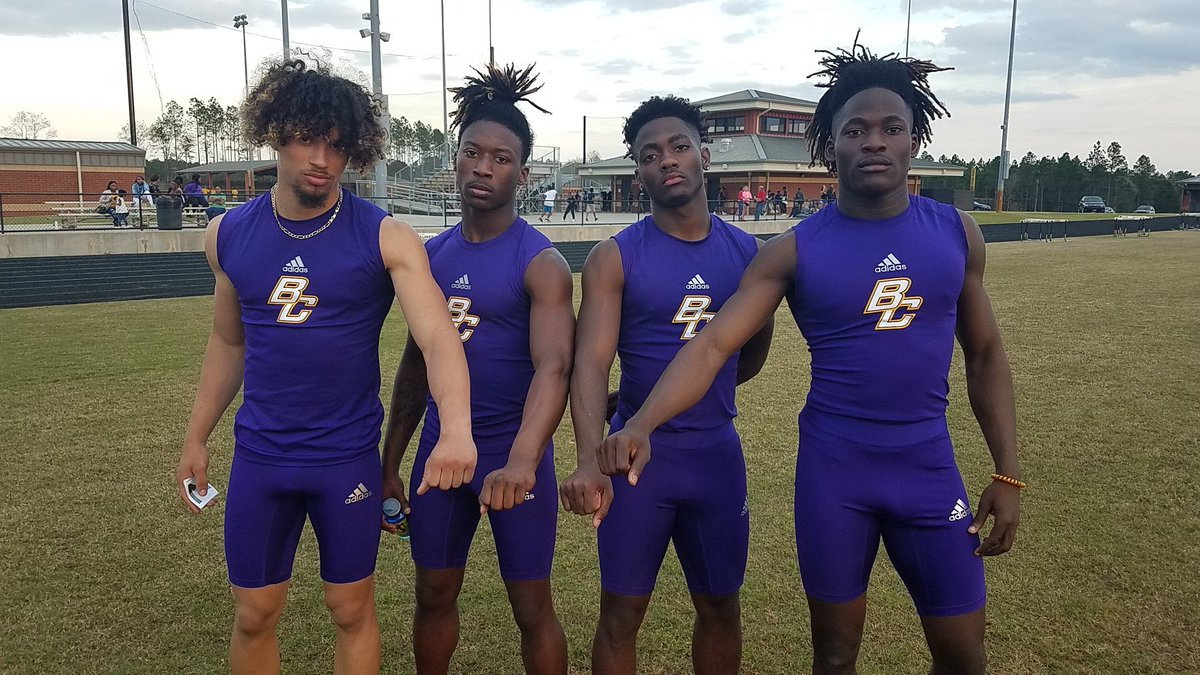 @BleckleySchools @bleckprogress We have a new school record in the Boys 4x1 relay. Arkenzio Hayes, Bryce Bailey, Marcus Brown &amp; Nykeem Farrow ran a 42.60 breaking the old record of 42.75. Go Royals!! <br>http://pic.twitter.com/F6XPif3Iog