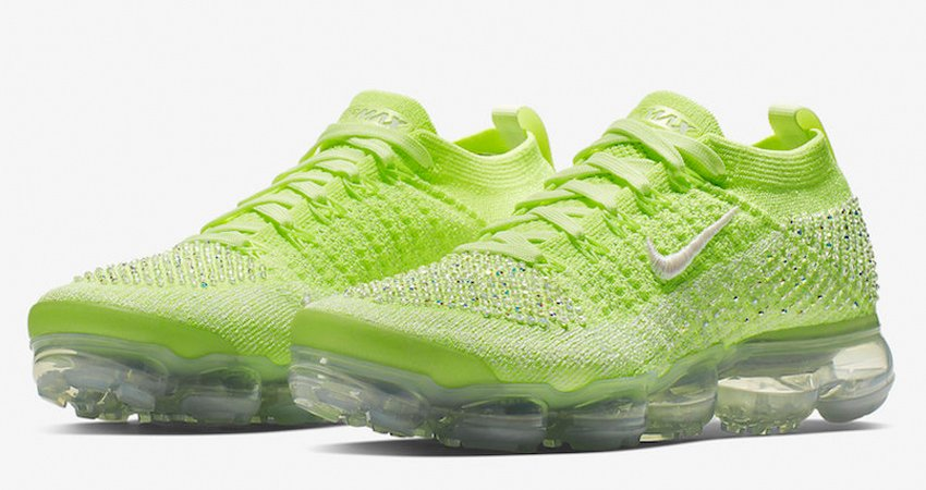9fdb8c8b98c Check the Link    https   fastsole.co.uk sneaker-news meet-with-this-exactly-new-air-vapormax-2-0-swarovski   …  Nike  AirVaporMax  New  Release  Sneaker ...