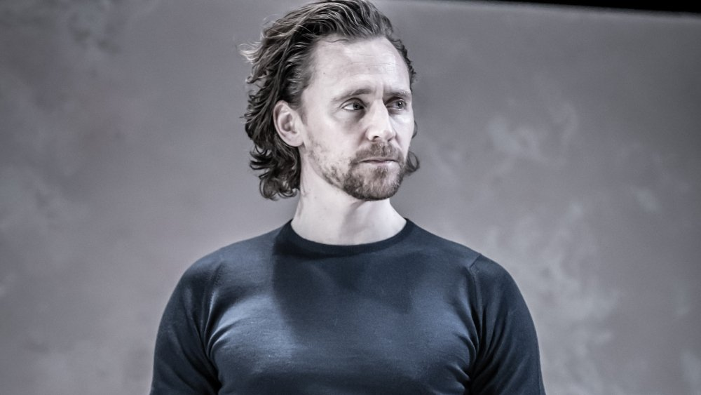 West End review: @twhiddleston in 'Betrayal' https://t.co/jyEkLHTzac https://t.co/7uWhRdREoF