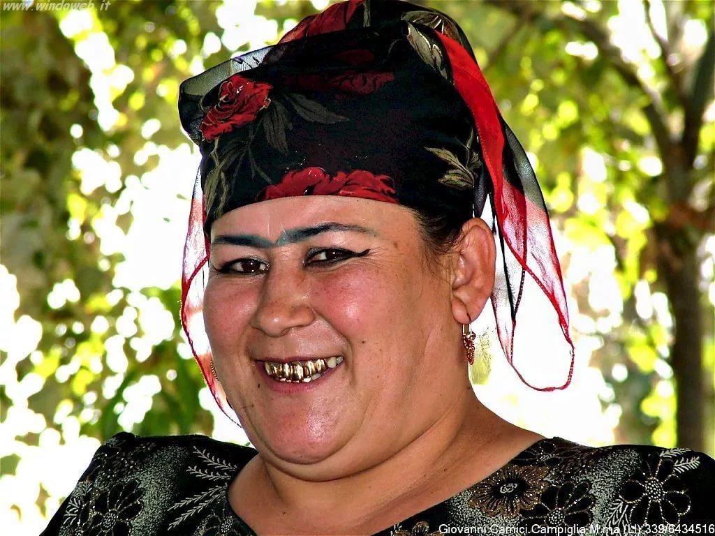 Гифки добрым, картинка девушка таджики приколы