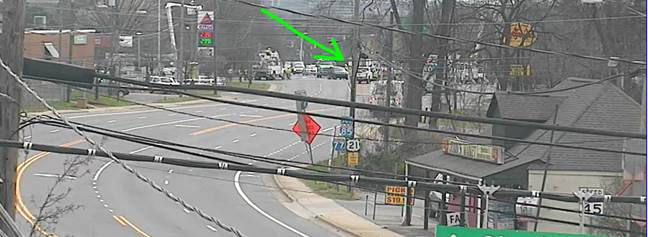 UPDATE - Statesville Ave at I-85 Exit 39 ramp; Intersection remains closed for an extended time due to traffic signal and pole replacement from earlier incident #clttraffic #clt<br>http://pic.twitter.com/DcrFdfZZuO