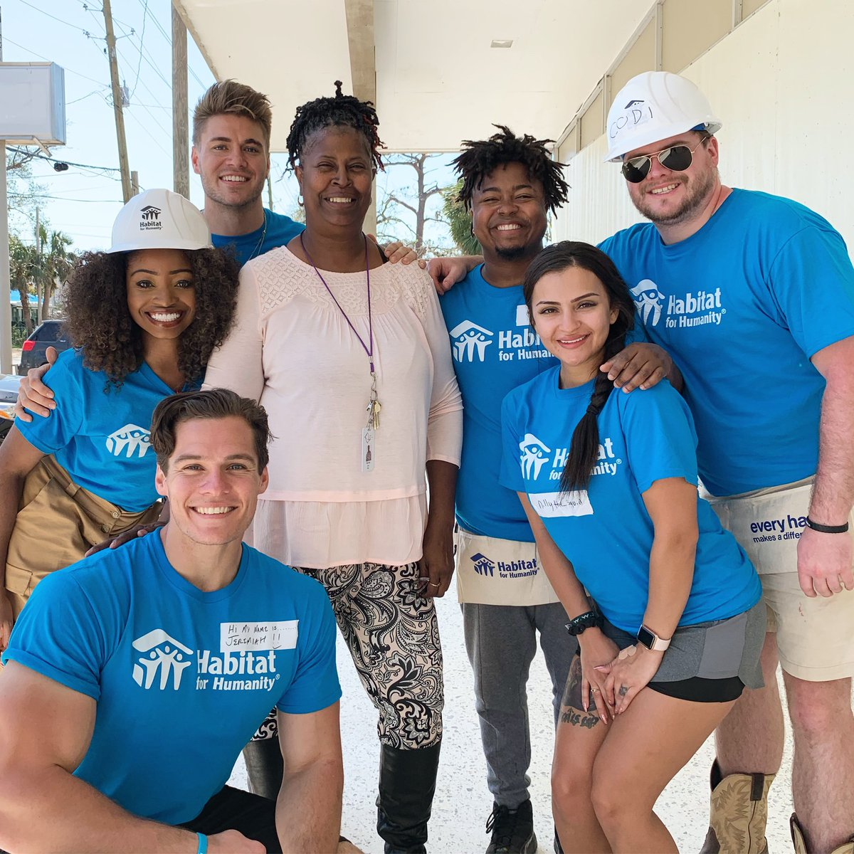 Teaming up with @Habitat_org to give back to the community, &amp; help rebuild our home away from home. #MTVFloribamaShore #HurricaneMichael @MTV<br>http://pic.twitter.com/Ub58vb5oIY