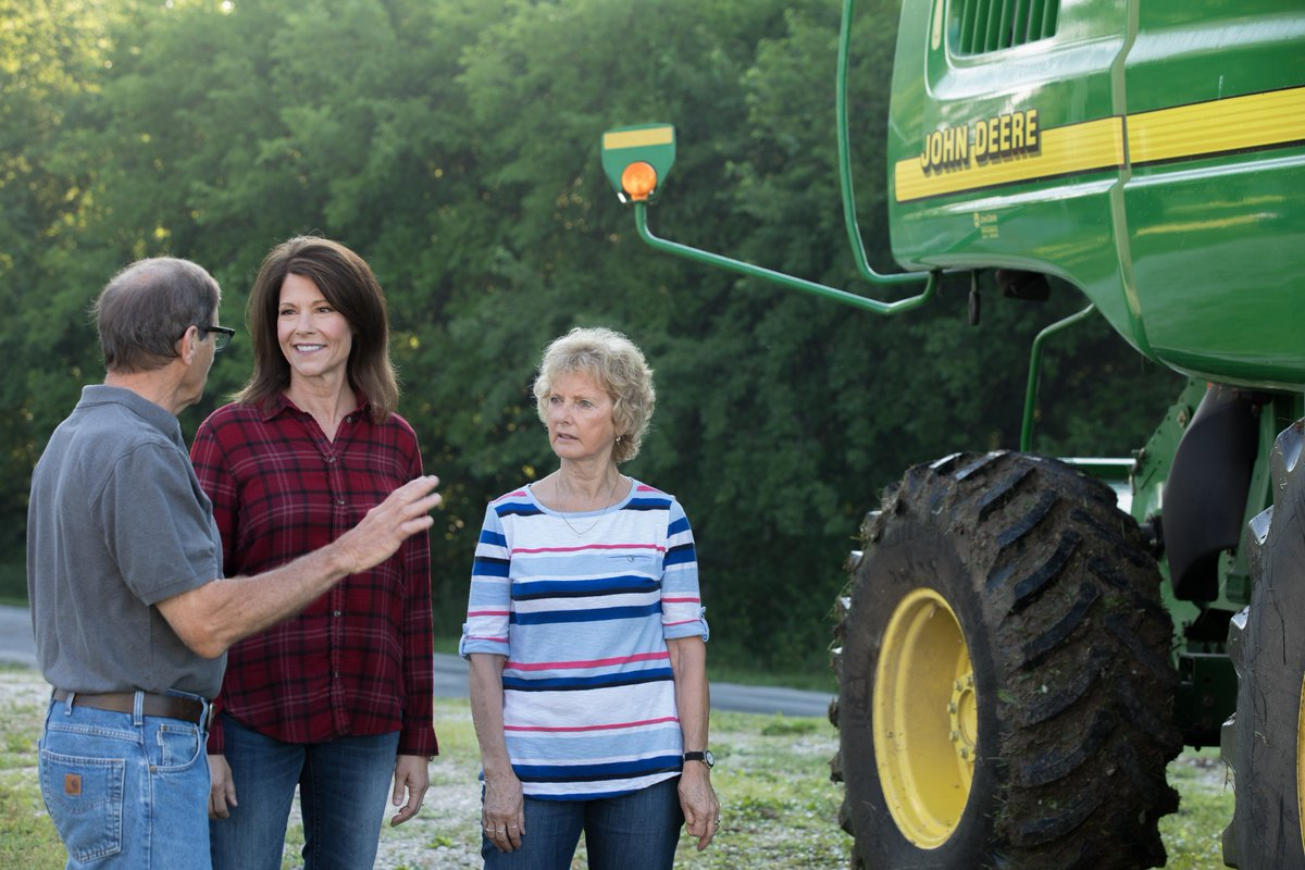 Happy #NationalAgDay!   Anyone who knows me knows how proud I am to hail from the nation's Heartland, where farmers and agricultural producers are essential to our local economy. That's why I'm fighting to deliver a better future for hardworking families across rural America! <br>http://pic.twitter.com/weYPQHSpWv
