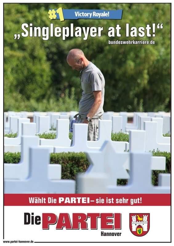 Die PARTEI Hannover's photo on #soldatenberaten