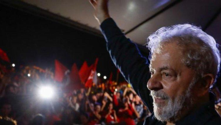 PT na Câmara #LulaLivre's photo on EUA e Canadá