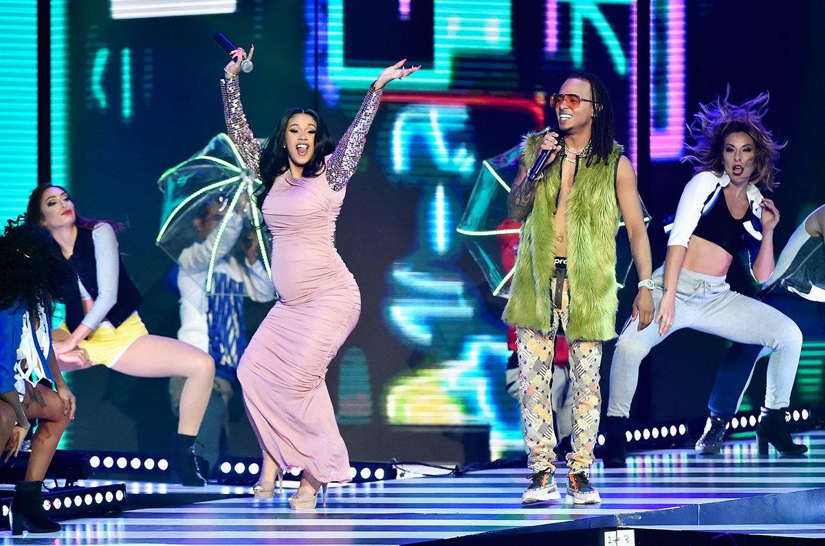 Billboard Latin Music Awards throwback: @iamcardib &amp; @Ozuna_Pr perform #LaModelo in 2018  https:// blbrd.cm/UAuwDb  &nbsp;   #Billboards2019 <br>http://pic.twitter.com/9fTl9lJ1Qn
