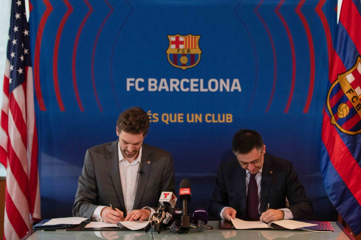 Es un honor representar al @FCBarcelona, esta vez fuera de la pista, mientras sigo compitiendo en la @NBA. Contento de ayudar en la consolidación de la marca Barça en el contexto americano e ilusionado por la unión de fuerzas entre la @GasolFoundation y la @FundacioFCB 🔵🔴