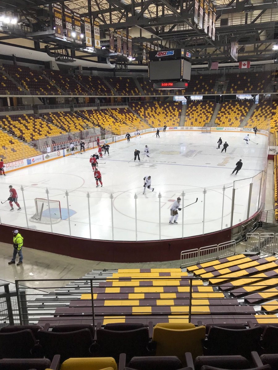 Omaha Hockey On Twitter Practice Time At Amsoil Arena Nchc