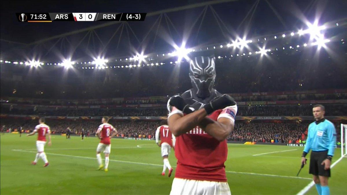 WAKANDA FOREVER!! @Aubameyang7 @Arsenal #EuropaLeague #ARSREN <br>http://pic.twitter.com/qOmnh6v2IJ