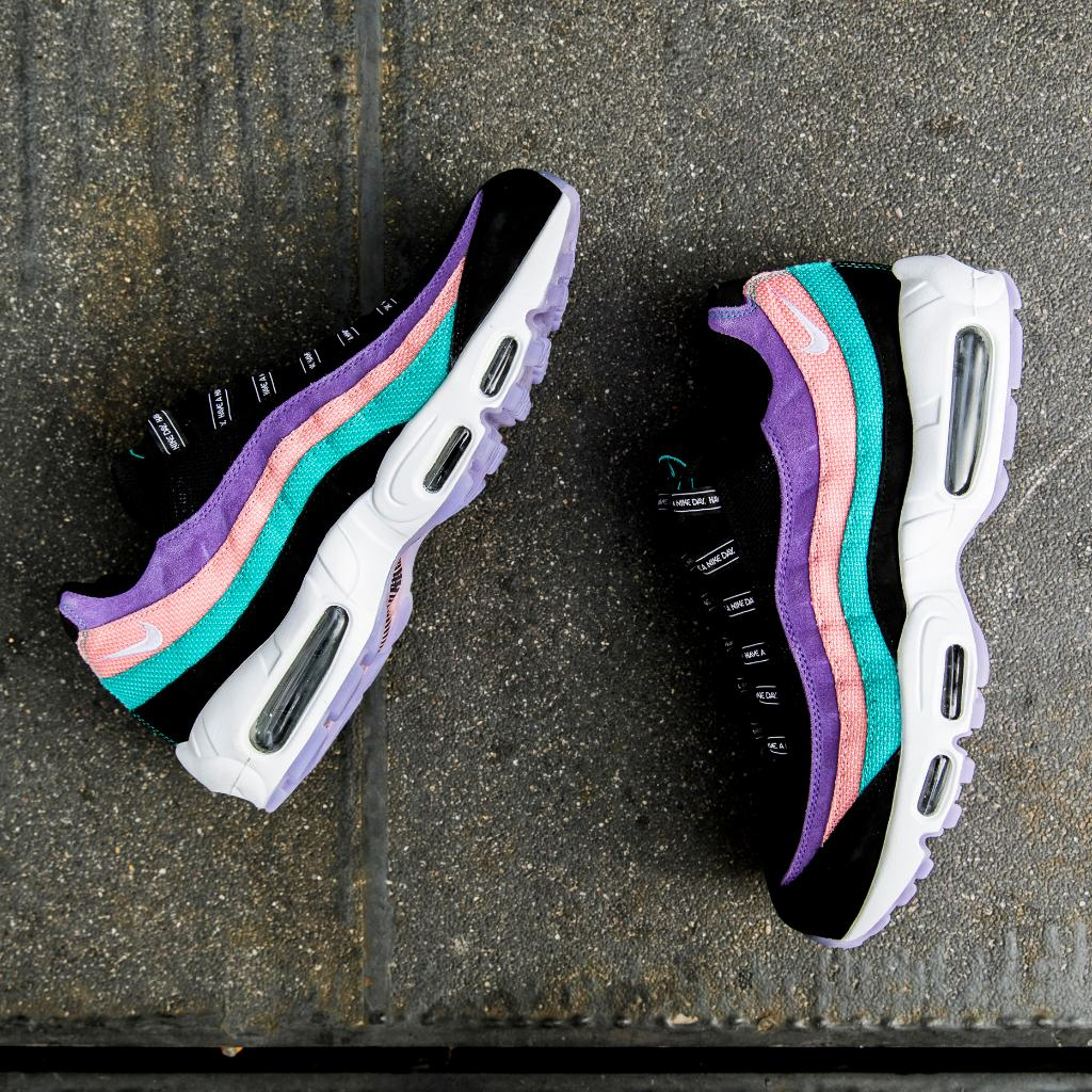have a nike day 95s