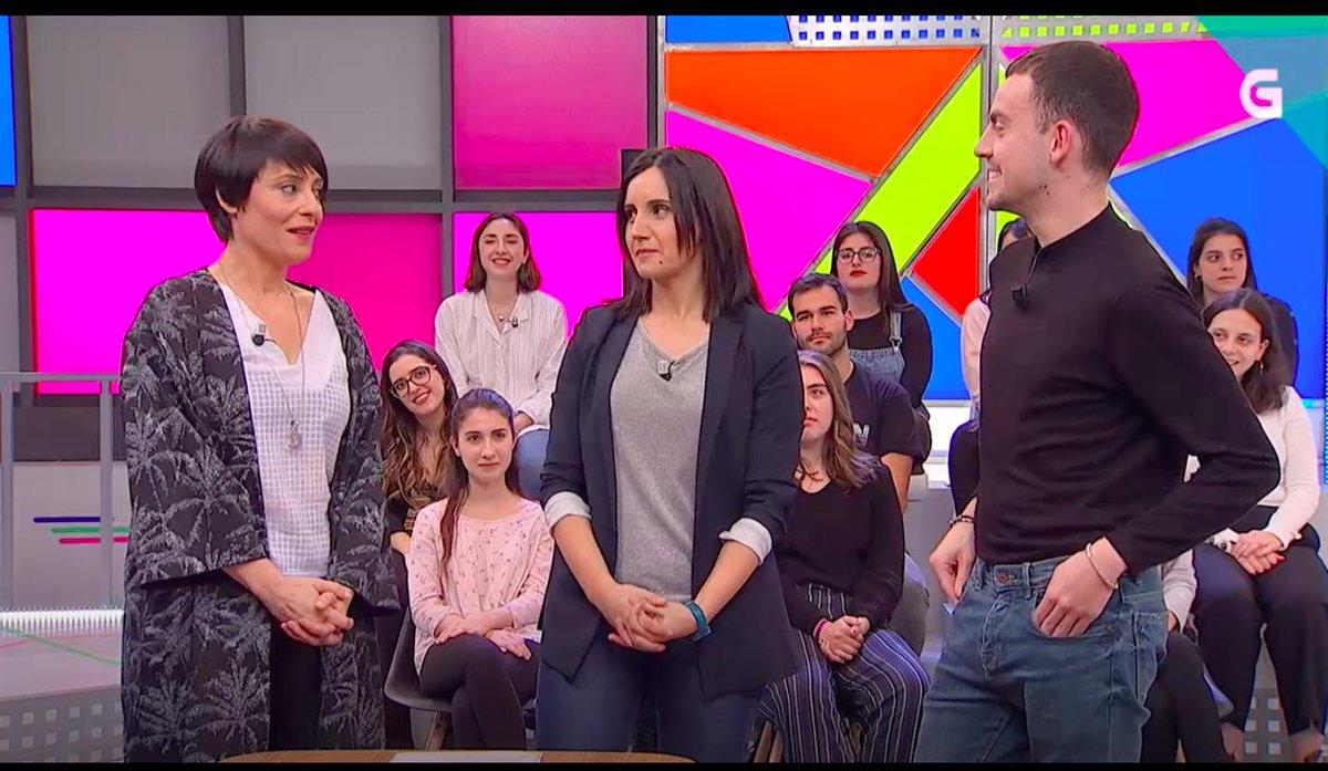 Momentazo televisivo da miña vida, compartir plano con Irene Lourido e @nieves_rguez 🥰 non as podo querer máis!😍
