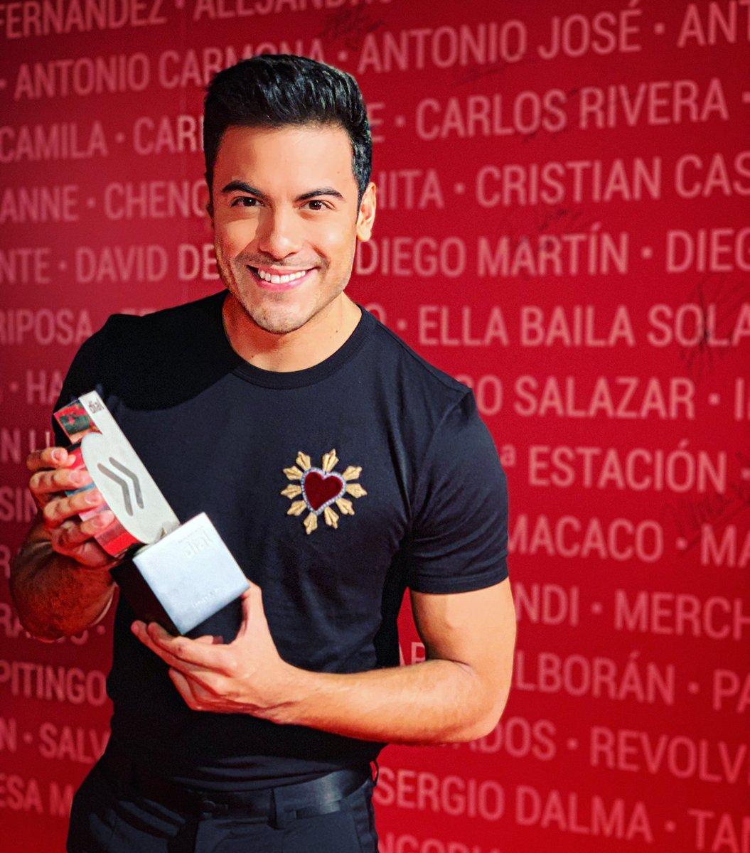 Carlos Rivera's photo on #ElCorazóndenuestramúsica