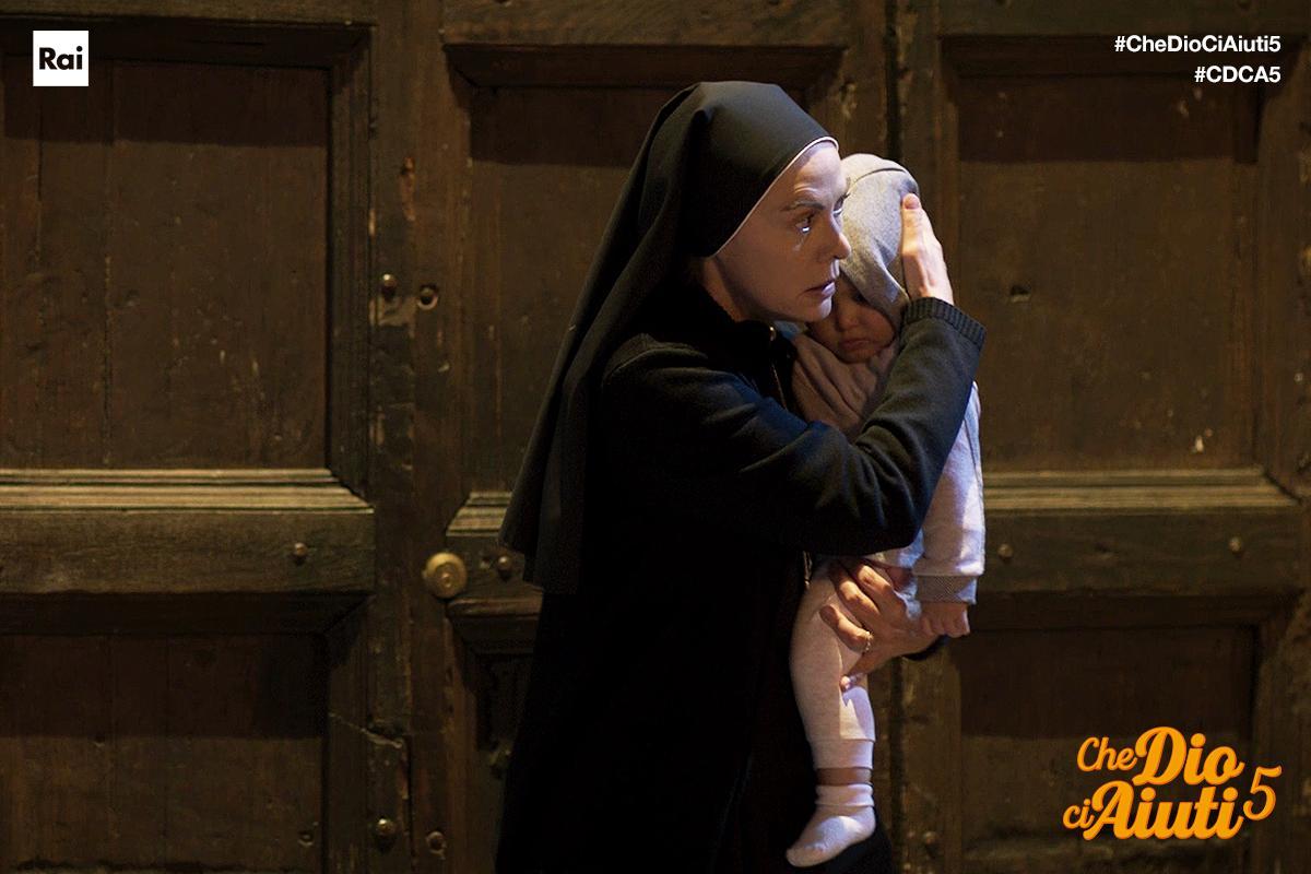 Che Dio Ci Aiuti's photo on #CheDioCiAiuti5