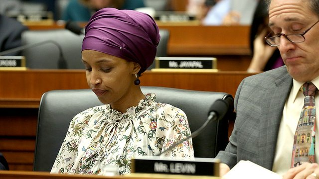 Democrats seeking primary challenger to Ilhan Omar just two months into her first term https://t.co/8clPljTTtR https://t.co/OCr4O15UmY