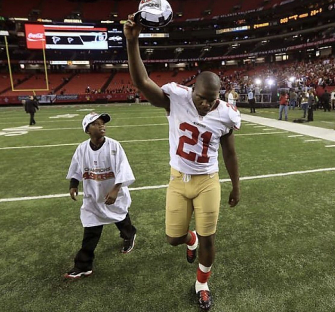 TBT NFC CHAMPIONSHIP GAME @stn_2lit #FootballisFamily https://t.co/y2OYWOhzlm