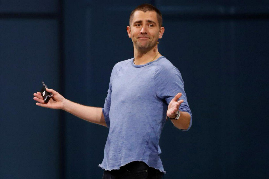 Facebook product chief Cox to exit as focus shifts to messaging https://reut.rs/2F91mDo