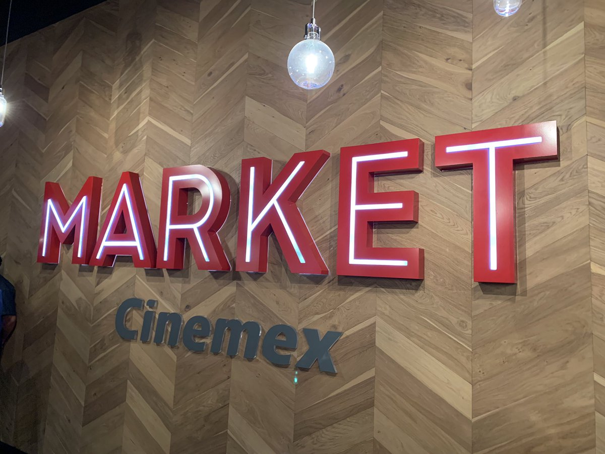 Yesica Flores's photo on #CinemexMarket