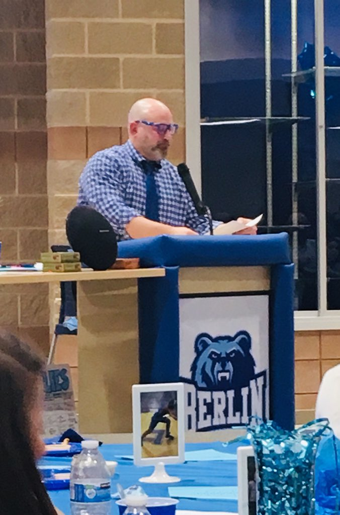 Coach Heff talked about counting the days left in HS.  He gave everyone a marble to remind them everyday that goes by is one less marble in the jar. So, make the most of your HS career. #charactercounts🐻👍 @OBHSWrestling  @BerlinStrength  @Berlin_Bears_FB  @BerlinBearsAD