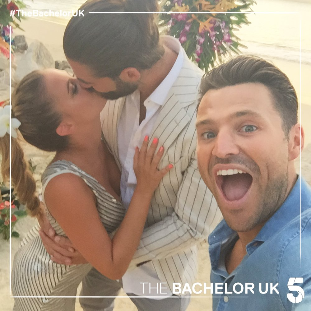 Bachelor UK - Alex Marks - Season 6 - Episodes - *Sleuthing Spoilers* - Page 31 D1qDJq0XcAA41CT
