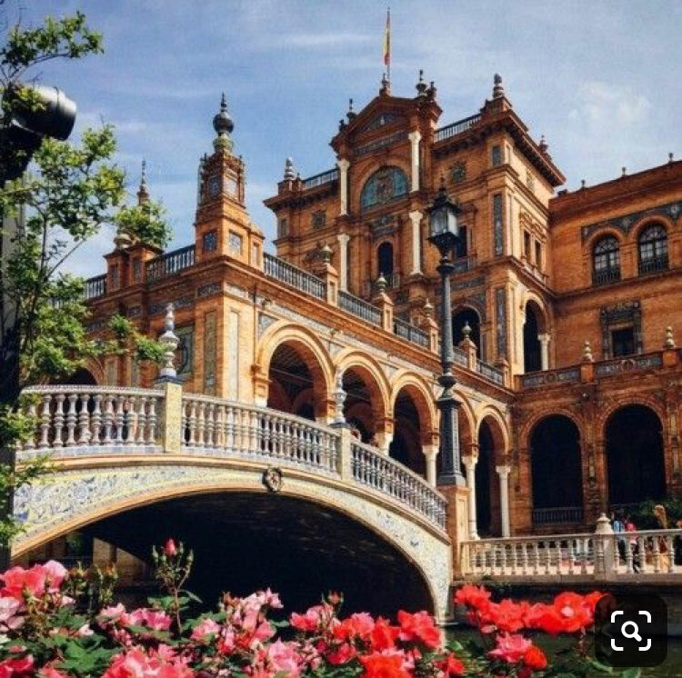 Dr.MD.PAPAGALOS  EVANGELOS's photo on Seville