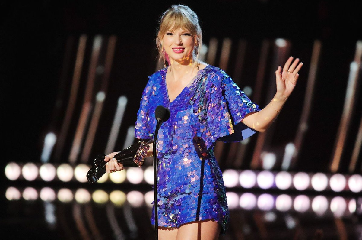 Taylor Swift Updates's photo on Tour of the Year