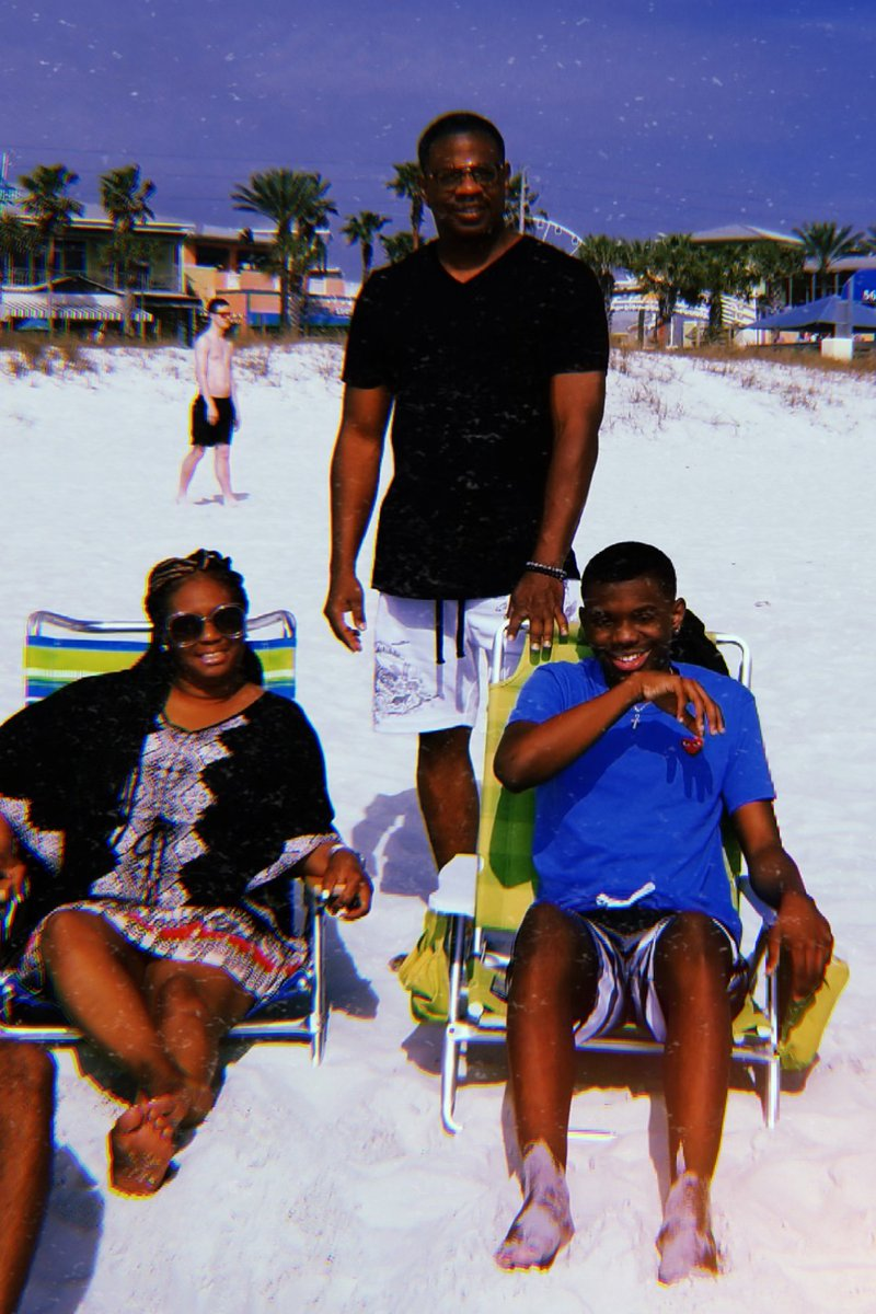 Funday at beach with fam!!#springbreak2019 #PanamaCityBeach <br>http://pic.twitter.com/rVVQBc0ahf