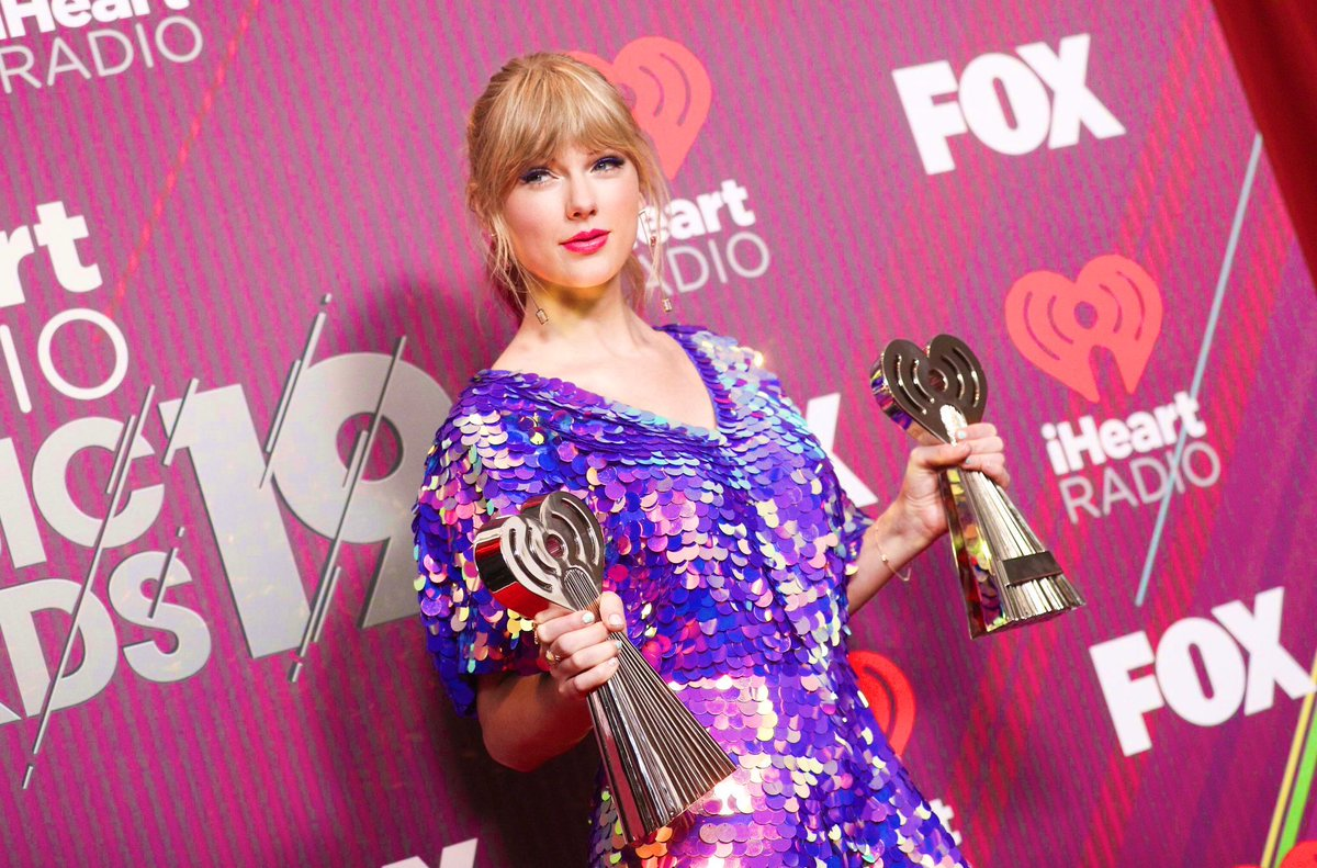 | With her two wins tonight Taylor Swift has now become the most awarded artist in the history of the @iHeartRadio Music Awards! #iHeartAwards2019  <br>http://pic.twitter.com/OhJf4sCvch