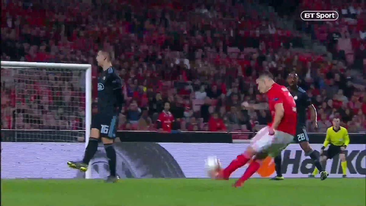 Football on BT Sport's photo on Benfica